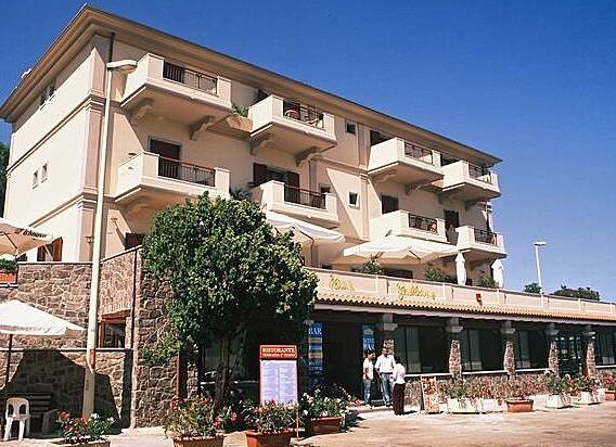 hotel-calagonone-hotel.jpg