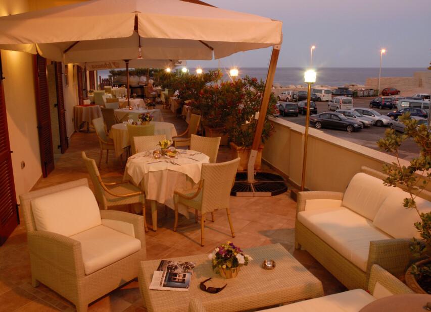 terrazza night 2.jpg