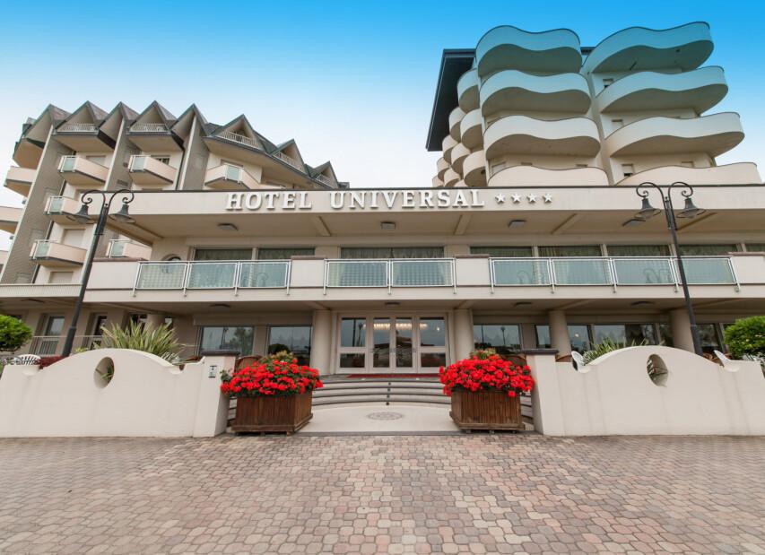 Hotel Universal****