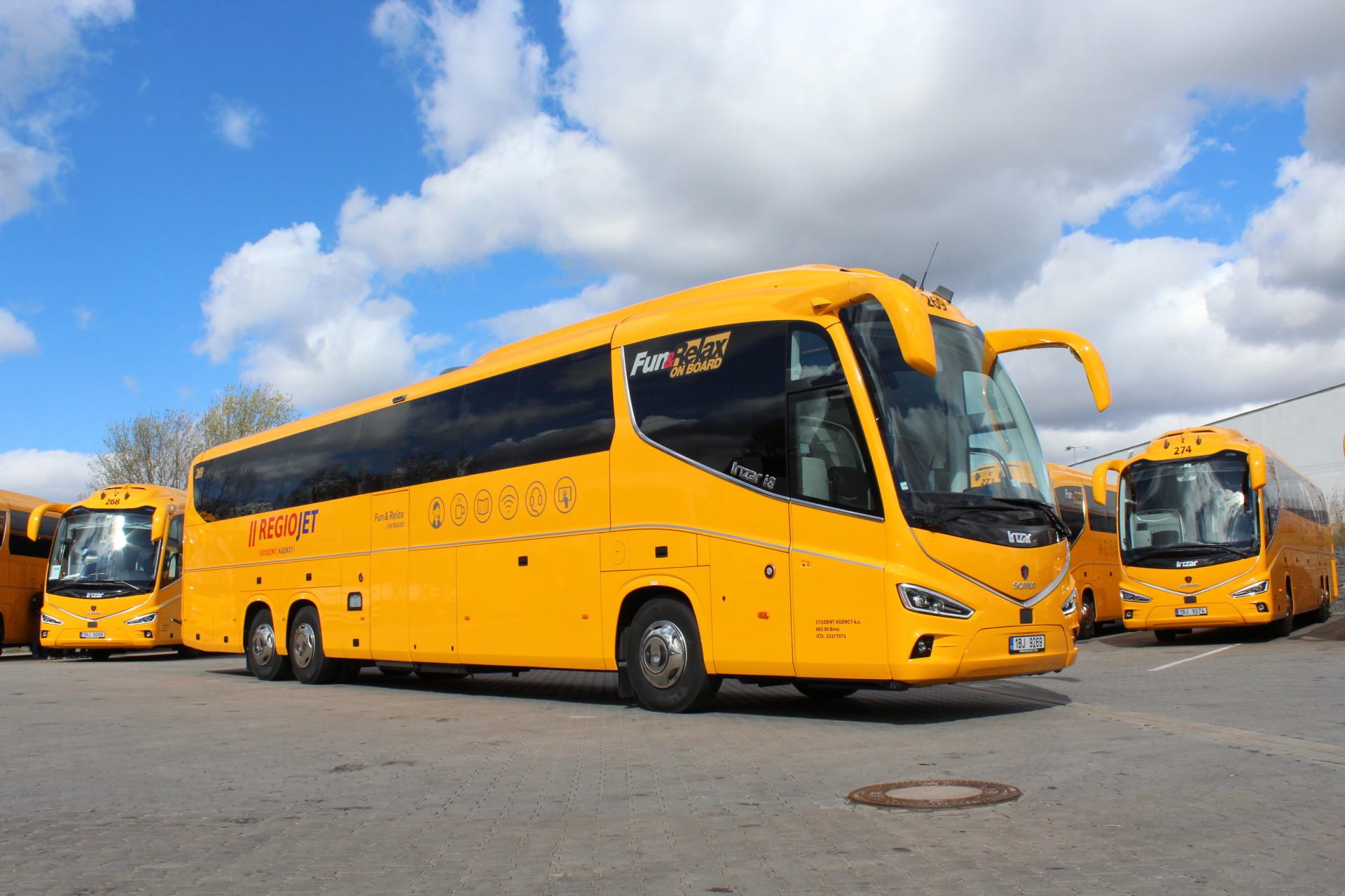 Svezte se do Itálie žlutým autobusem