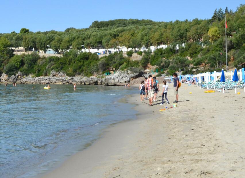 Spiaggia Calanca 8x3 B.JPG