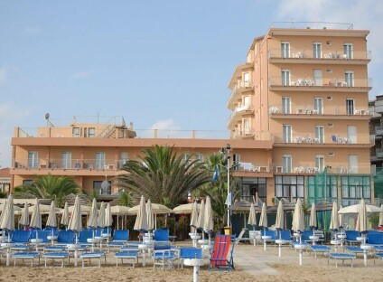 Hotel Astoria Beach***