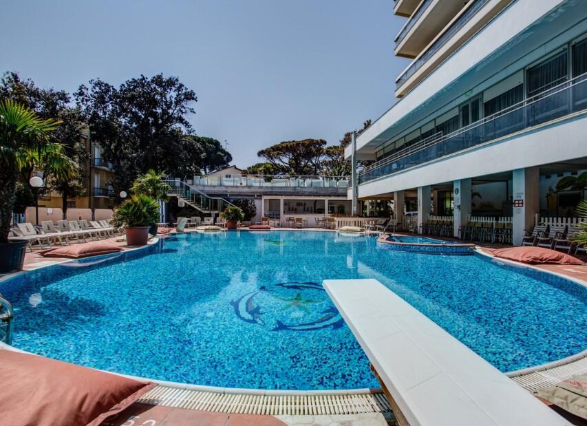 Hotel Gambrinus Tower Resort****