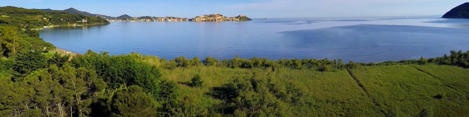 Výhled na Schiopparello a Portoferraio
