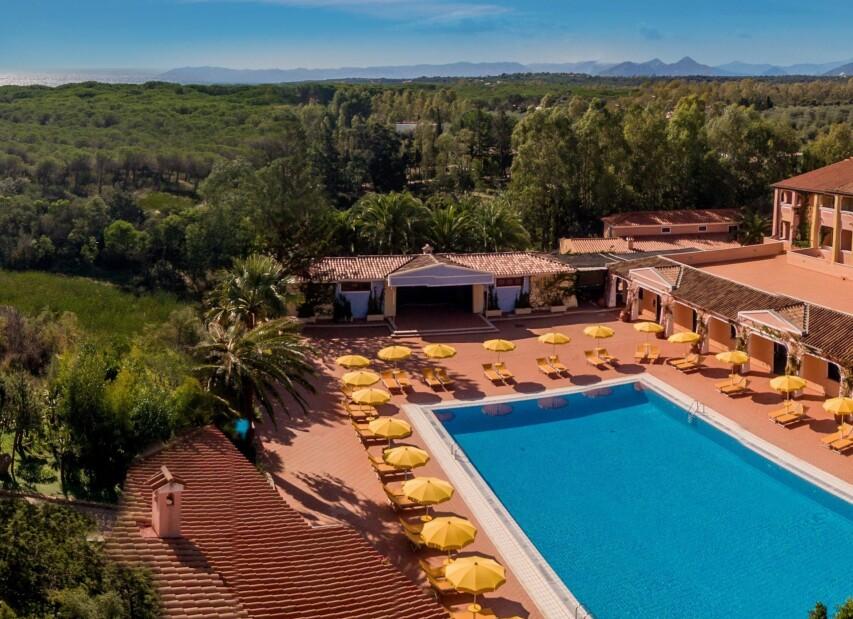 Cala Ginepro Hotel Resort & Spa