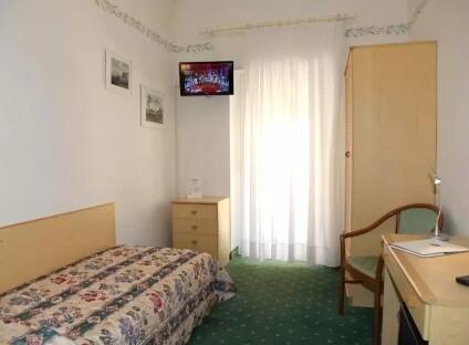 Hotel Villa Rosa***