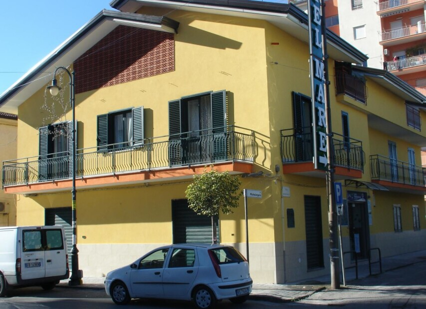 Residence Rosso Melograno