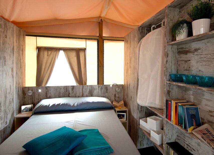 Lodge tent 5