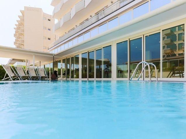 Hotel King***